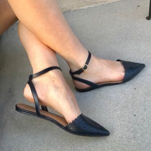NAVY BLUE FLATS ankle wrap painted toe sandals 9